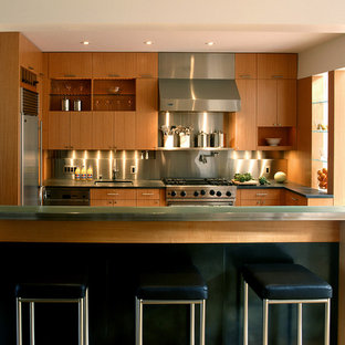 Inspiration For A Contemporary L Shaped Kitchen Remodel In San Francisco With Stainless Steel Liances