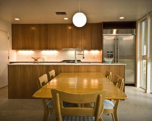 Inspiration For A Modern Kitchen Remodel In Austin With Subway Tile  Backsplash