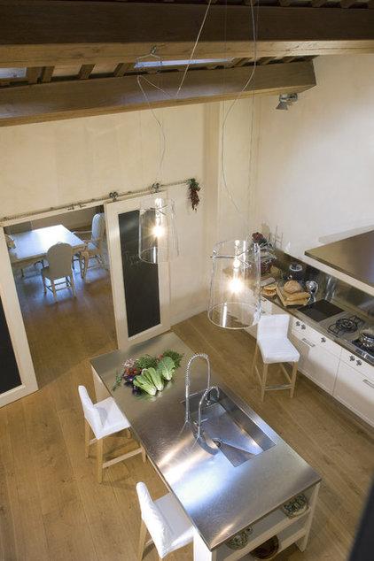 Contemporary Kitchen by Fabrizia Frezza Architecture & Interiors