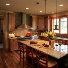 Traditional Kitchen by Rubicon Builders