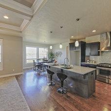 Craftsman Kitchen by Paragon Homes, LLC