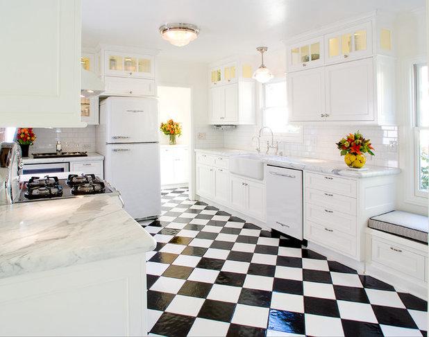 Küchenzeile Mit Retro Kühlschrank : Innen hightech außen rocknroll: küchengeräte im retro stil