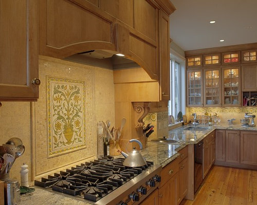 Inspiration For A Timeless Kitchen Remodel In Dc Metro With Granite Countertops An Undermount Sink