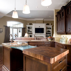 Traditional Kitchen by Casey's Creative Kitchens
