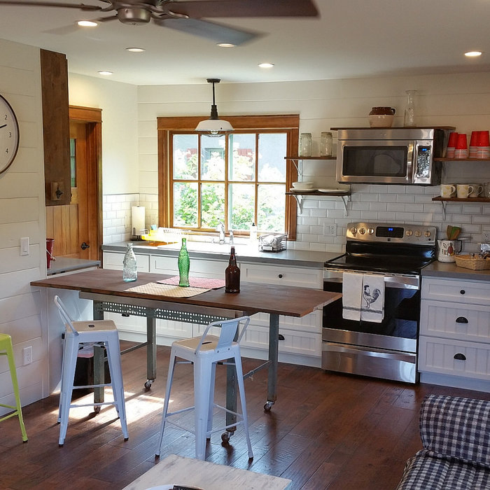 Page Springs Casita - pioneer milking barn to guest house