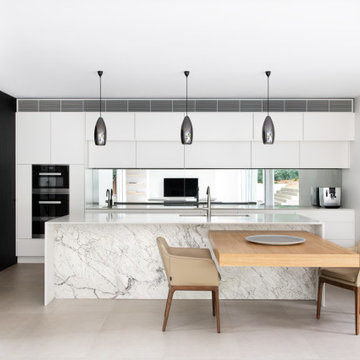 Castle Hill House by StudioJLA