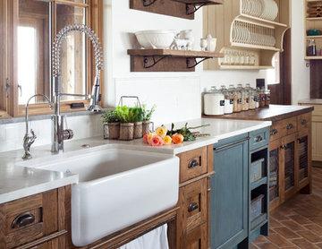 Castle Rock Farmhouse Chic Kitchen