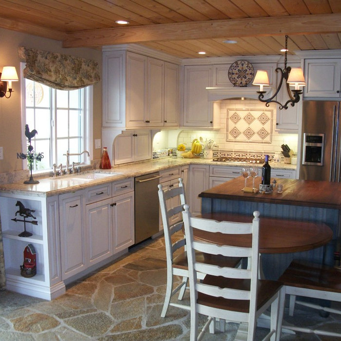 Casual Country Kitchen