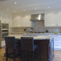 traditional kitchen by BiglarKinyan Design Partnership Inc.