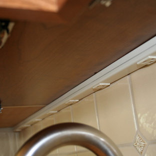 Install New Undercabinet Plug Molding   Yvettetestut. Read More. Kitchen    Traditional Kitchen Idea In Seattle
