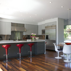modern kitchen by Webber + Studio, Architects