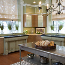 Eclectic Kitchen by The Breakfast Room, Ltd