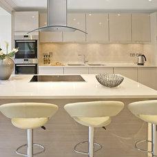 Modern Kitchen by Atlas International, Inc.