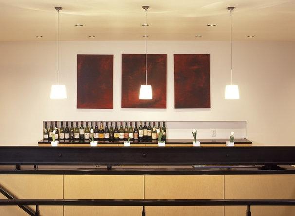 Contemporary Kitchen by Eggleston Farkas Architects