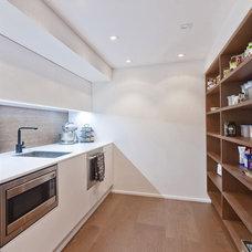 Contemporary Kitchen by Celia Visser Design Ltd