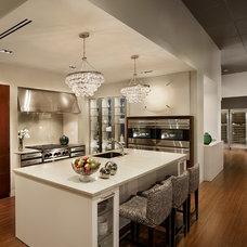 Contemporary Kitchen by Fretz
