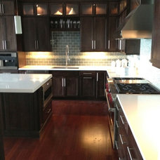 Kitchen by AD Panaccio Building and Renovating Inc.