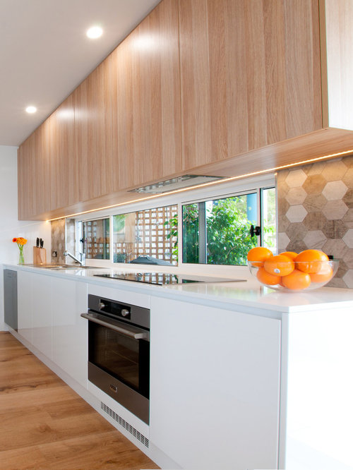 Mid Sized Central Coast Kitchen Design Ideas Renovations