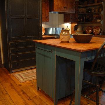 Central Kentucky Log Cabin Primitive Kitchen