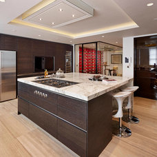 Contemporary Kitchen by Living in Space
