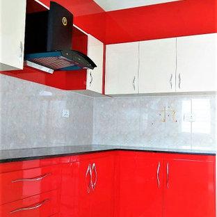 バンガロールのコンテンポラリースタイルのおしゃれなキッチンの写真
