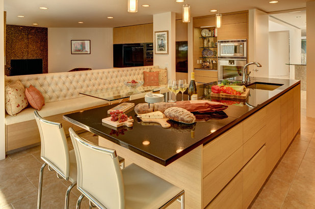 Contemporary Kitchen by Cesar NYC Kitchens