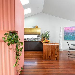 パースのエクレクティックスタイルのおしゃれなキッチンの写真