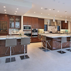 Contemporary Kitchen by Cantoni Irvine