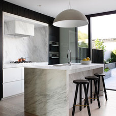 Contemporary Kitchen by Mim Design