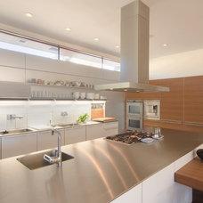Contemporary Kitchen by KGA Studio Architects
