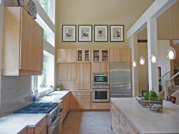 Contemporary Kitchen by Ryan Duebber Architect, LLC