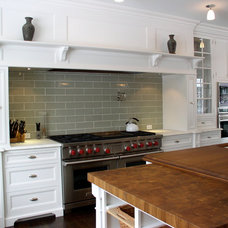 Traditional Kitchen by Yorktown Woodworking Incorporated
