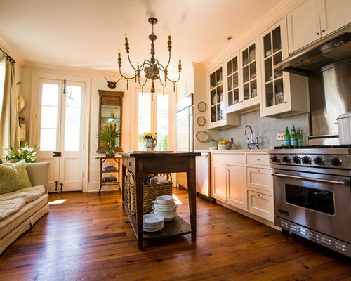 Victorian charleston kitchen design ideas remodels photos for Kitchen remodeling charleston sc