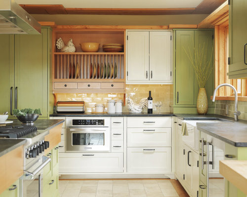 Knotty pine kitchen cabinets houzz for Knotty pine kitchen cabinets