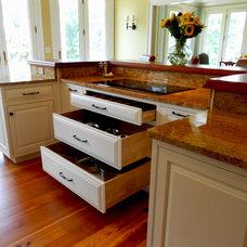 Traditional Kitchen by BB Custom Designs