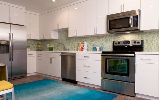 Modern Kitchen by Erika Bierman Photography