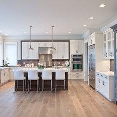 Contemporary Kitchen by Kitchen Art Design