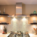 Contemporary Kitchen In Centreville