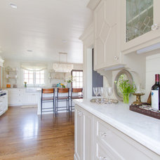 Traditional Kitchen by Abbey Construction Company, Inc.