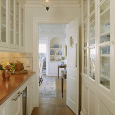 Traditional Kitchen by Pamela Gaylin Ryder, Inc