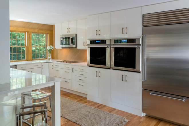 Transitional Kitchen by Philbrook Engineering & Construction