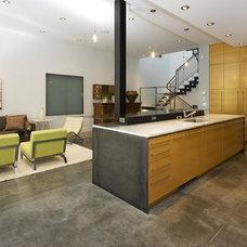 Contemporary Kitchen by Zack|de Vito Architecture + Construction