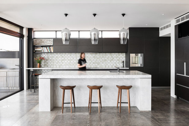 Contemporary Kitchen by Keen Architecture