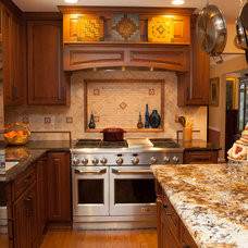 Traditional Kitchen by Decor & You DC