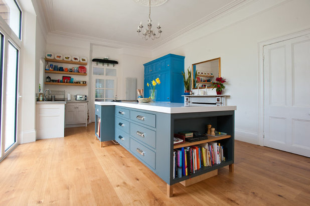Contemporary Kitchen by George Robinson Kitchens