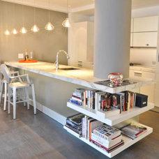 Modern Kitchen by Sarah M interiors