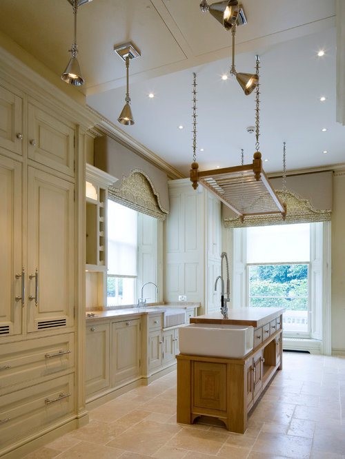 Inspiration For A Timeless Kitchen Remodel In London With Raised Panel  Cabinets And An Island Part 78