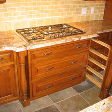 Traditional Kitchen by Home Supply