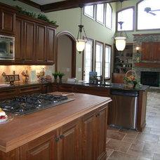 Traditional Kitchen by Distinctive Designs