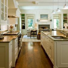 Traditional Kitchen by Neumann Lewis Buchanan Architects